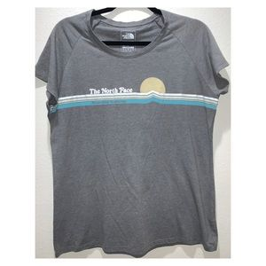 The North Face Womens Slim Fit T-Shirt Size XL